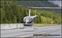 Foktig bane må tørkes ved hjelp av helikopter:)